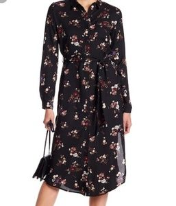 NWOT Everly Button Floral Midi Dress with Sash SM